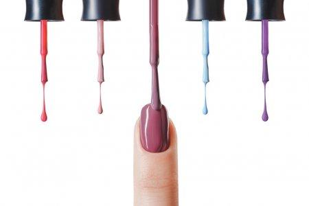 pastel-nail-polish-fingernail-wet